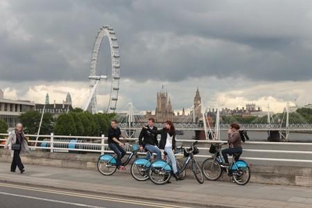 Londres Ciclistas Tamesis