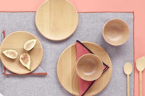 Cinco materiales naturales, nobles y suaves que no pueden faltar en tu cocina