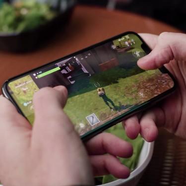 Apple y Google retiran 'Fortnite' de sus tiendas por usar un método de pago propio: Epic Games ha llevado el caso a los tribunales