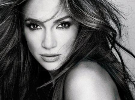 ¿Qué te parece Jennifer López como nueva embajadora de belleza L'Oréal París?