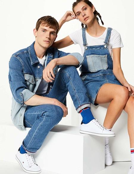 Tommy Jeans lanza una colección exclusiva con Amazon e incluye prendas icónicas de los 90