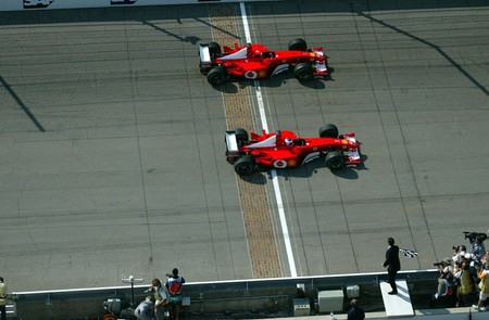 Barrichello Schumacher Indianapolis F1 2002