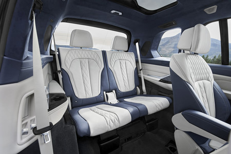 BMW X7 asientos traseros