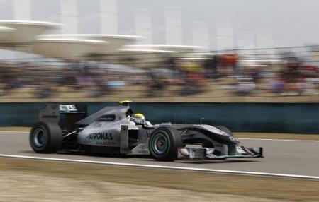 El F-Duct de Mercedes GP no estará a tiempo para el Gran Premio de España