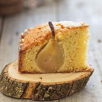Pastel de mantequilla y peras: receta que encantará a los amantes del sobao pasiego y los postres con fruta