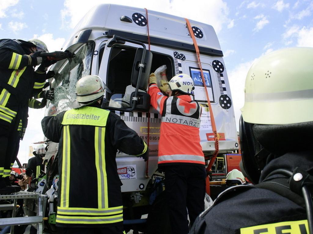 Rescate camión Mercedes