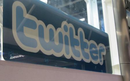 Twitter nos despierta la curiosidad: promete novedades en sus mensajes directos para la semana que viene