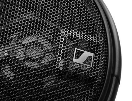 X1 Desktop Hd 660 S Detail Shot Rgb Red T A