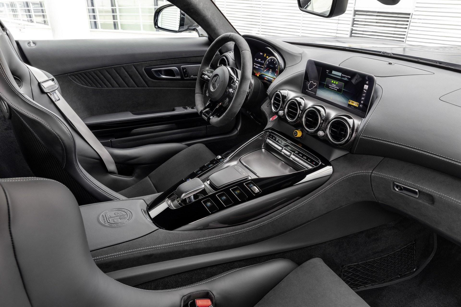 Foto de Mercedes-AMG GT 2020 (43/44)