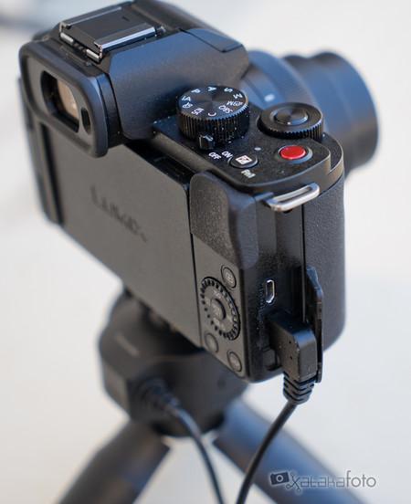 Panasonic Lumix G100 18