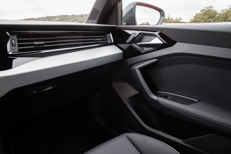 Foto de Audi A1 2018, toma de contacto (40/172)