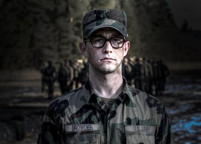 Imagen de Joseph Gordon-Levitt como Snowden