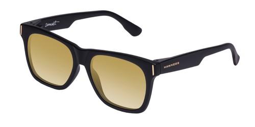 Hasta un 60% de descuento en las gafas de sol Hawkers. Las 5 mejores ofertas.