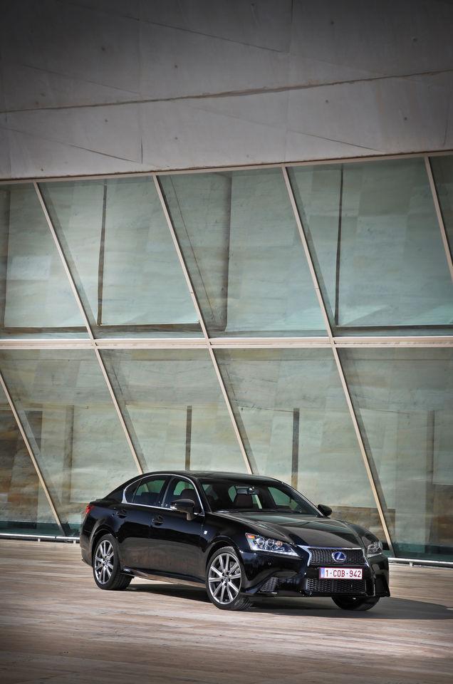 Foto de Lexus GS 450h F Sport (2012) (5/26)