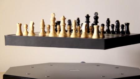 Si eres de los que no creen en la levitación, deberías ver este vídeo
