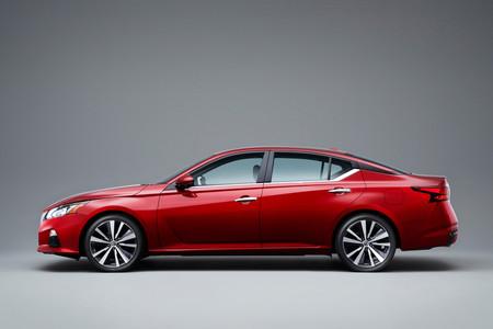 Nissan Altima 2019 4