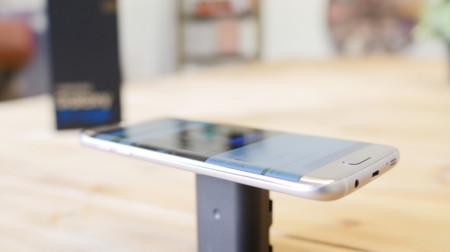 Huawei y Xiaomi fabricarán teléfonos con pantalla curva