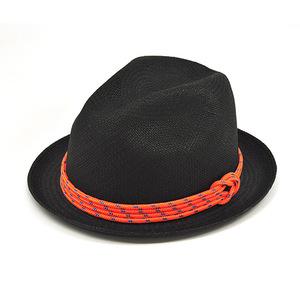 Los divertidos sombreros Panamá de MIANSAI by Michael Saiger