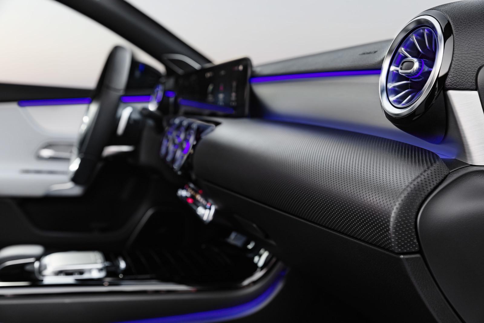 Foto de Mercedes-Benz Clase A 2018 (34/139)