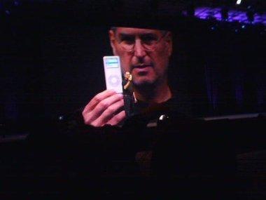 Nuevos iPod nano con memoria flash