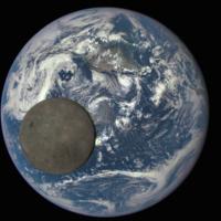 Estas fotografías de la NASA muestran por primera vez el lado oculto de la Luna iluminado