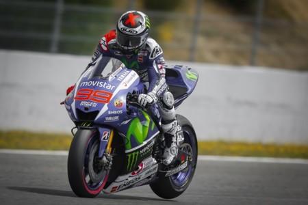 Jorge Lorenzo domina también los test de Jerez