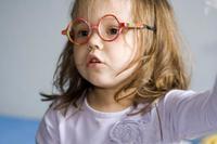 Síntomas que pueden indicar problemas visuales en los niños