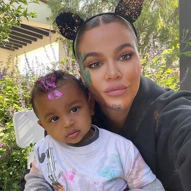Khloé Kardashian se adelanta a Halloween y organiza un fiesta con calabazas y máscaras para los niños de la familia