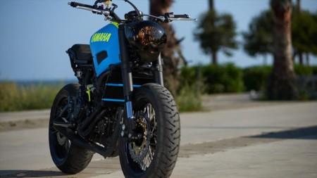 Ad Hoc Cafe Racer Yamaha Xsr 700 19