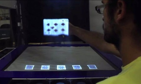 [Vídeo] MisTable: la mesa holográfica interactiva