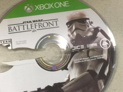 EA trató de pagarle dinero a gente famosa para hablar bien de Star Wars Battlefront