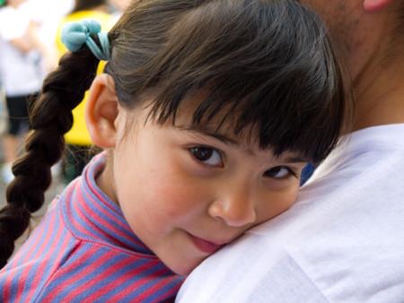 No debe ser fácil: los padres de Luken le apoyaron para ser Lucía, ¿lo harías tú?