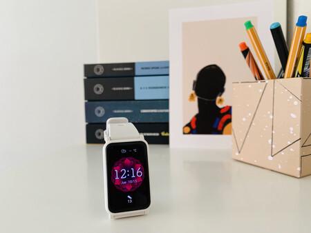 Ligero y fácil de usar: probamos el HONOR Watch ES, un smartwatch asequible para deportistas