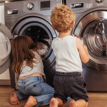 Un niño muere dentro de una lavadora: los escondites peligrosos que los niños a veces eligen para jugar