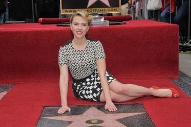 Una de estrellas estrelladas por Scarlett Johansson