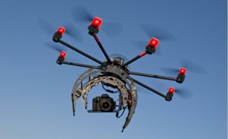Las cadenas de noticias se lanzan a por drones-reporteros