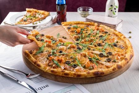 El Gobierno de Reino Unido quiere limitar por ley las calorías de los platos de restaurantes y supermercados