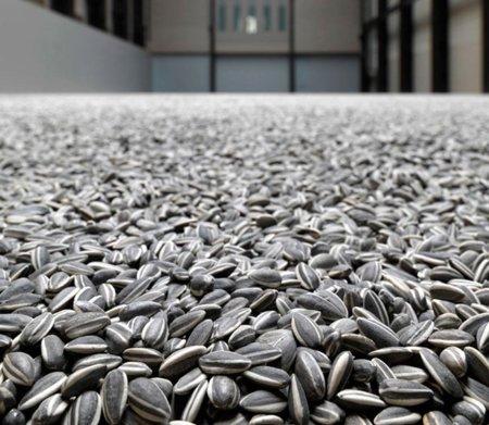 100 millones de pipas cubren el suelo de la Tate Modern de Londres