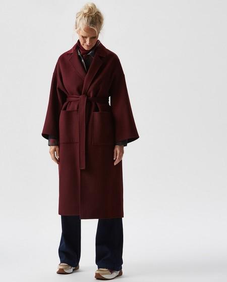 El abrigo más elegante es de Adolfo Domínguez y está al 50% en El Corte Inglés por tiempo limitado