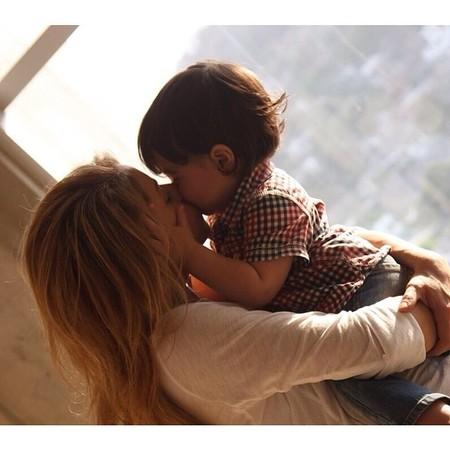 Y seguimos con más amor de madre entre las celebrities