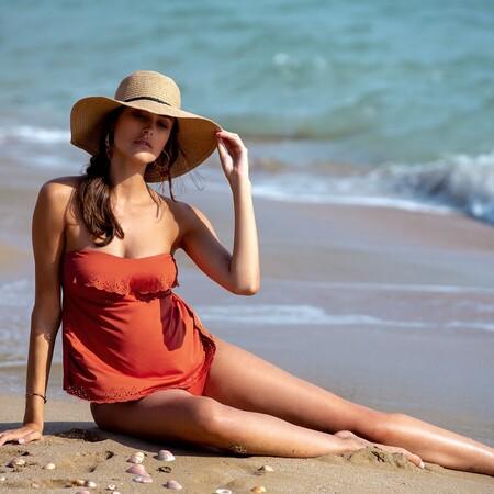 19 trajes de baño premamá para presumir de tripita de embarazada este verano con mucho estilo