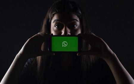 WhatsApp banea a 250 personas en Asturias por una broma peligrosa sobre la pornografía infantil, y ya habían avisado en otros países