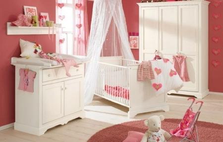 Una habitación para el bebé en poco espacio