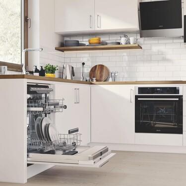 Zanussi renueva su gama de encastre para encajar en las cocinas más modernas de forma sencilla