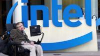 Intel presenta junto a Stephen Hawking el prototipo de una silla de ruedas inteligente