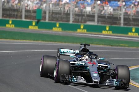 Pole position de Lewis Hamilton en Australia con los Ferrari en su particular quiero y no puedo