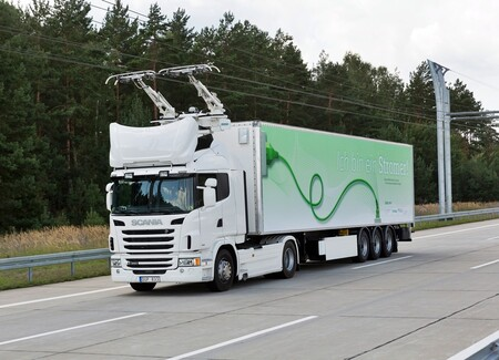 Scania Carretera Solar