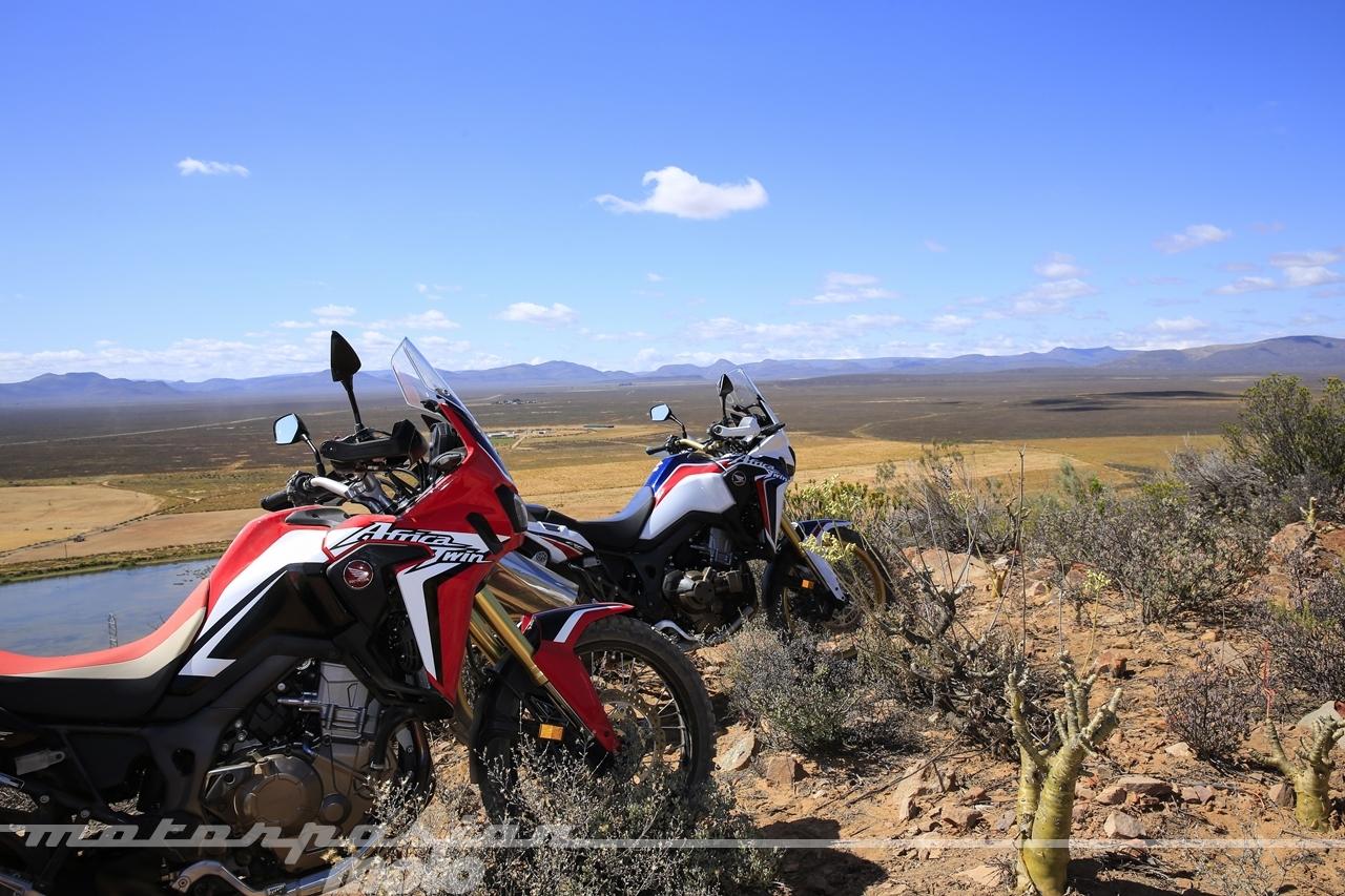 Foto de Honda CRF1000L Africa Twin (87/98)