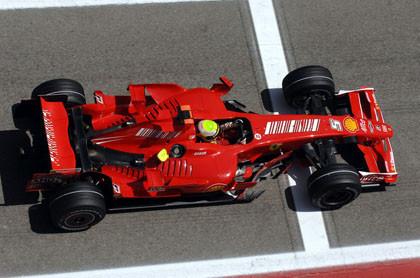 Massa le birla la pole a Alonso en Barcelona