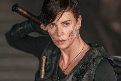 De 'Aeon Flux' a 'La vieja guardia': Charlize Theron es la nueva reina indiscutible del cine de acción